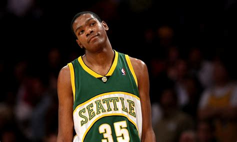 Kevin Durant calls for the NBA to return to Seattle