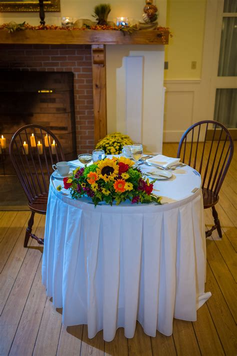 Rustic Sweetheart Table with Fall Sunflower Centerpiece