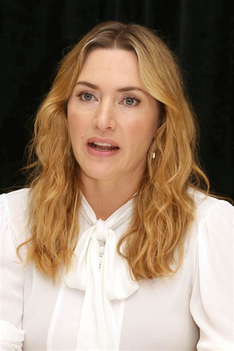 "Kate Winslet – ""Wonder Wheel"" Press Conference in NY 10/14"