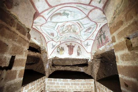 Vatican unveils new frescoes in its most famous catacombs