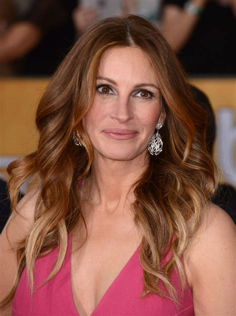 Watch Julia Roberts Recite 'Pretty Woman,' 'Notting Hill