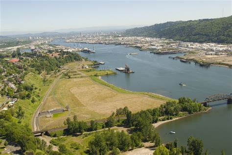 University of Portland will expand toward the river under