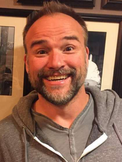 Compare David DeLuise's Height, Weight with Other Celebs