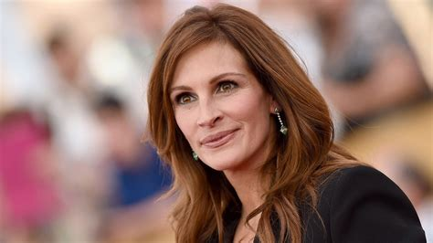 Julia Roberts favorite food: breakfast, lunch and dinner
