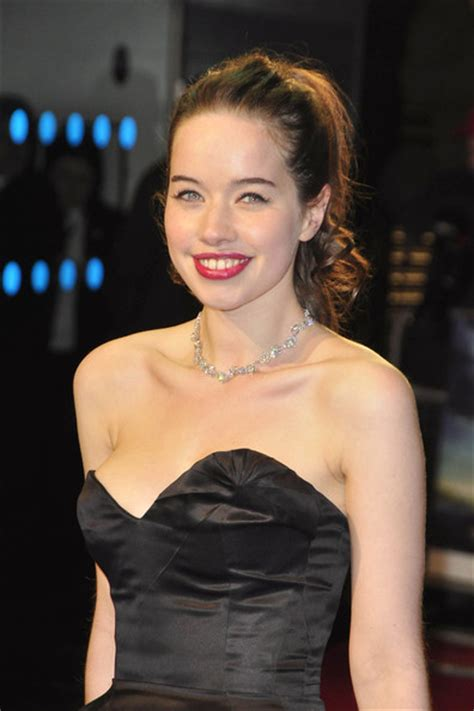 Anna Popplewell | The Chronicles of Narnia Wiki | FANDOM