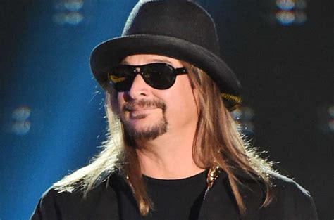 """Kid Rock Refuses To Apologize For Calling Joy Behar The """"B"""