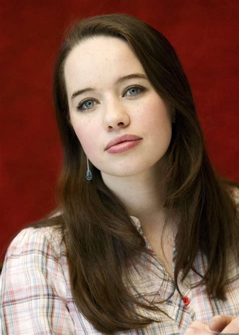 Anna Popplewell | Wiki Narnia | FANDOM powered by Wikia