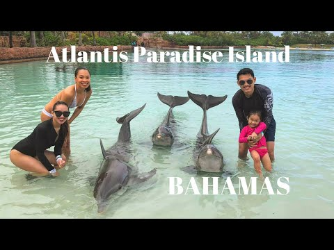 Tour the Atlantis Paradise Island Resort